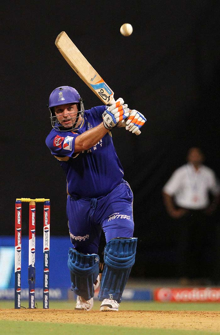 Brad Hodge smashed 39 but there was too much to do at the end as Mumbai won by 14 runs. (BCCI Image)