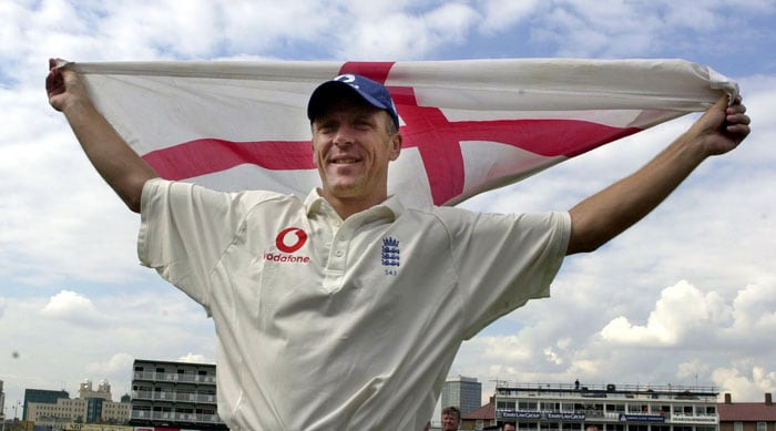 Making his debut in 1990 against West Indies, Alec Stewart represented England for 13 years and in 133 Tests. During his career, Stewart scored 8463 runs with the help of 15 centuries. He also took 263 catches and executed 14 stump-outs. He finally called it quits in 2003 after the drawn series with South Africa.