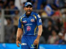 Photo : Mumbai Beat Delhi, Stay Alive in IPL 7