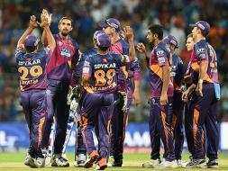 Photo : IPL: Rising Pune Supergiants Make Stunning Debut, Rout Defending Champions Mumbai Indians