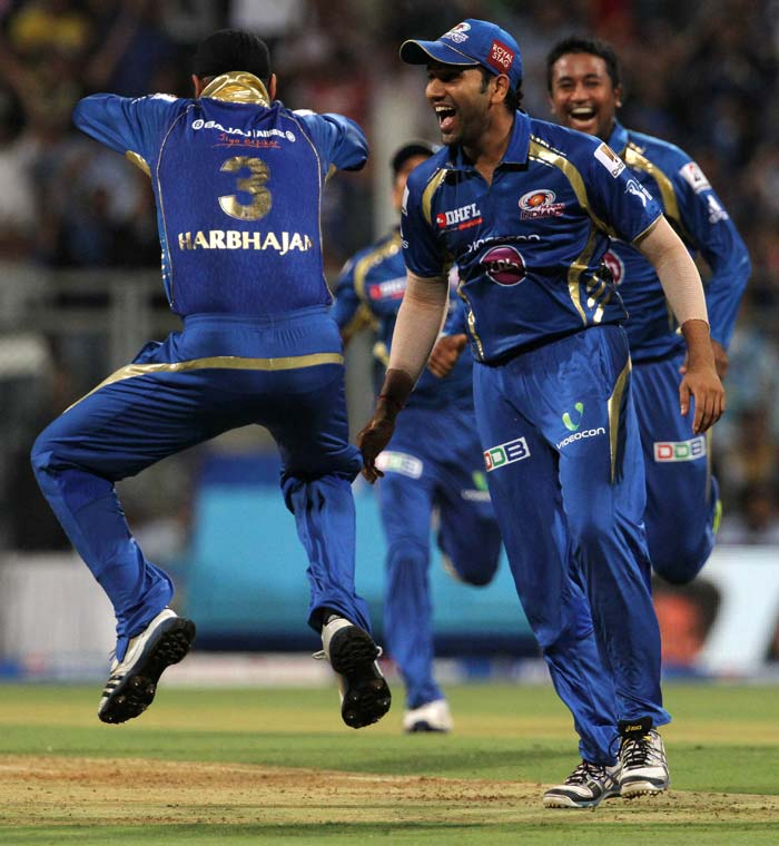 In between Kulkarni's three wickets was the most important wicket of the match, Chris Gayle, who was sharply taken by Ambati Rayudu on the deep mid-wicket fence off the bowling of Harbhajan Singh. A jubilant Bhajji then went on to show Punjabi style moves of the Gangnam Style. (BCCI image)