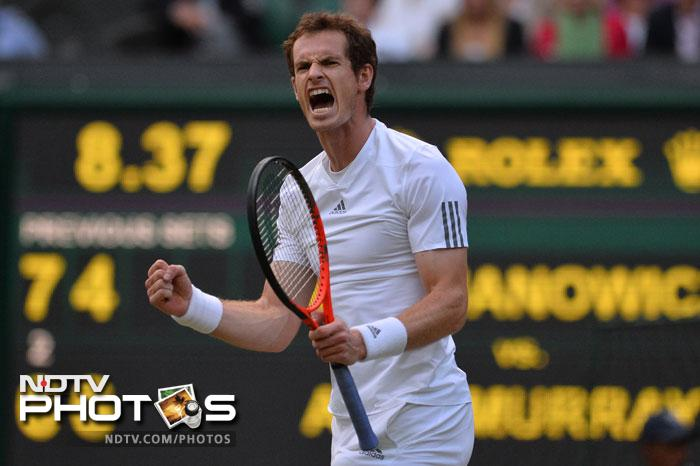 The spotlight had proved too bright for Janowicz and Murray broke again to seal the win.