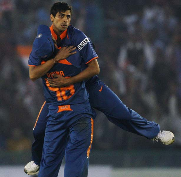 Why did Nehra not change his number despite a million sms's? He didn't want to miss his first ever congratulatory message (from SA). It never came.