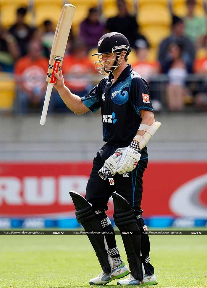 Taylor was well-supported by Kane Williamson who hit his fifth successive fifty. He scored 88 off 91.