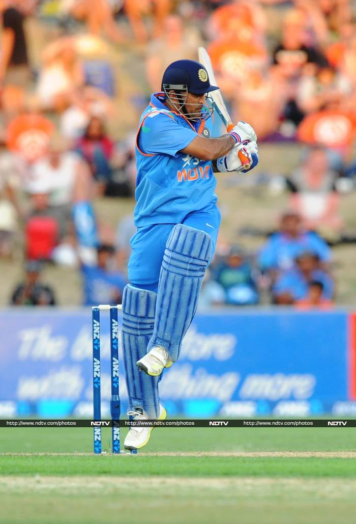 It was skipper MS Dhoni who provided Kohli with the support needed. <br><br>The Indian skipper slammed 40 off 46.