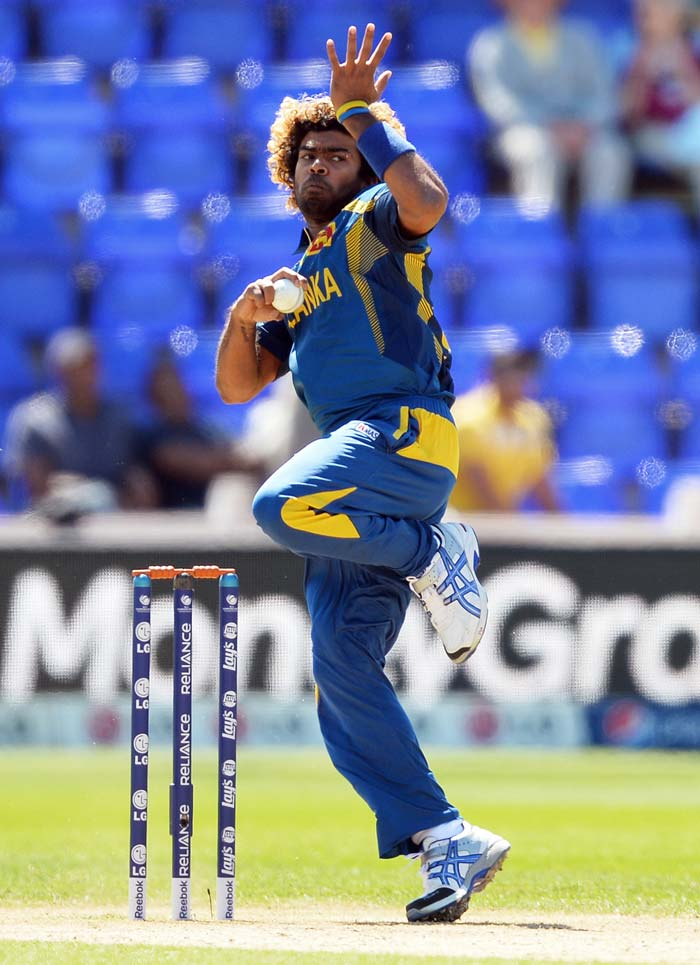Lasith Malinga took 4/34 in a hostile spell before the last-wicket pair of Tim Southee and Mitchell McClenaghan saw them through in the 37th over.