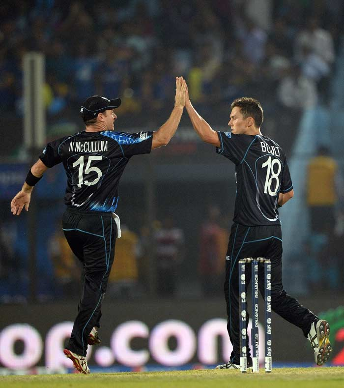 The day belonged to the bowlers as the Kiwis too did very well on the field. Trent Boult kick-started the downfall of the Sri Lankan batting and finished with figures of 3/22