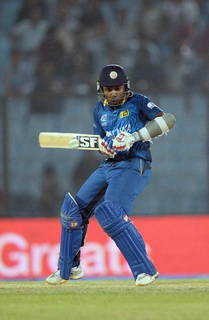 Barring Mahela Jayawardene (25), no Sri Lankan batsman had a solution to New Zealand's knack of picking up wickets at regular intervals