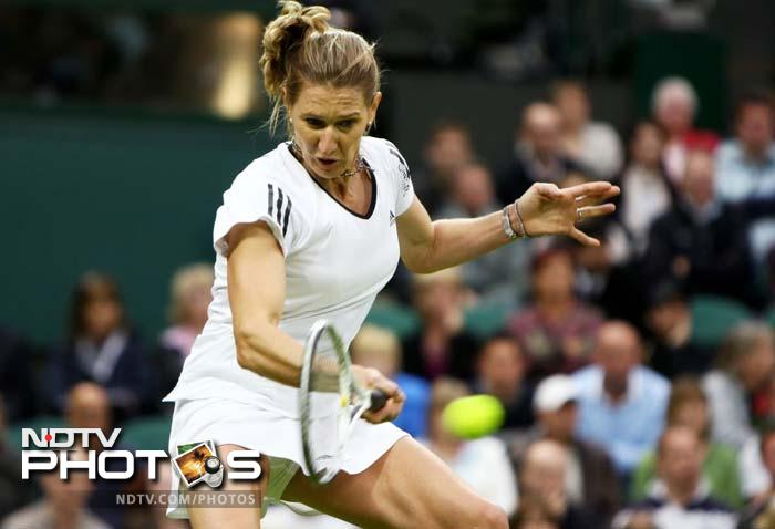 <b>Steffi Graf - Australian champion 1988, 1989, 1990, 1994</b><br><br> Claimed her first title here in 1988, the year that saw a change in Australian Open's home, to Flinders Park.<br><br> Her lethal forehands were effective Down Under as well and she won the event again thrice.