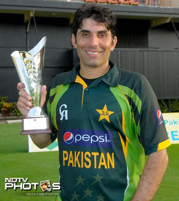 Misbah with his trophy at the post-match presentation ceremony.