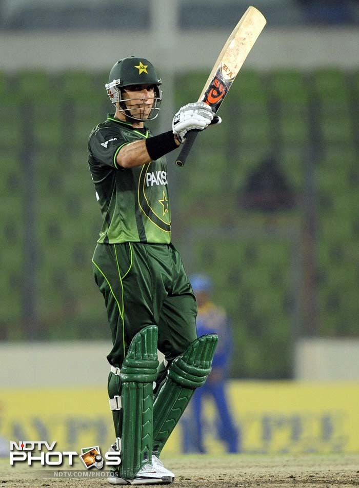 Misbah led the charge in the initial stages and kept the score ticking. His occasional boundaries were sublime as well. He completed his fifty off 78 balls.