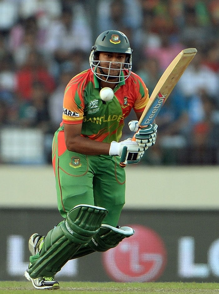 Shakib-al-Hasan (39) put up a fight in the mammoth run-chase.
