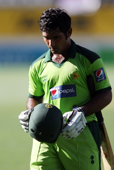 <b>ASAD SHAFIQ</b><br><br> <b>Age: </b>25.<br><b>Role: </b>Right-hand batsman<br> <b>Stats: </b>ODIs 12, Runs 266, Highest 50, Average 22.16, Fifties 1, Strike-Rate 70.00, Catches 2.<br><br> Asad staked claim for a place in the national team on the basis of his 1,200-plus runs in Pakistan's domestic season last year. He has the knack of occupying the crease and gives solidity to the middle-order.(Photo: Getty Images)