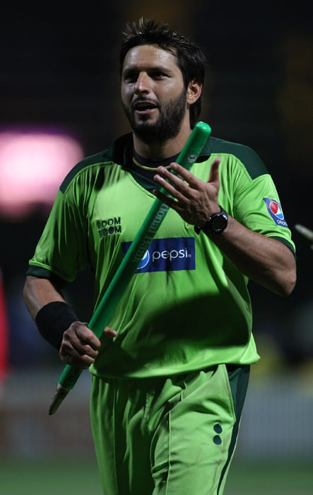<b>SHAHID AFRIDI (captain)</b><br><br> <b>Age: </b>30.<br><b>Role: </b>Right-hand batsman, right-arm leg spinner<br> <b>Stats: </b>ODIs 312, Runs 6,583, Highest 124, Average 23.93, Strike-Rate 113.75, Centuries 6, Fifties 31; Catches 101. Wickets 292, Best bowling 6-38, Average 35.42, Economy-Rate 4.64<br><br> A hard-hitting and popular batsman, Afridi holds the record for the fastest one-day hundred - made off just 37 balls against Sri Lanka at Nairobi in 1996. He also holds the record of hitting most sixes (288) in one-day cricket. A wicket-taking leg-break bowler, Afridi can win matches single-handedly with his all-round abilities.(Photo: Getty Images)