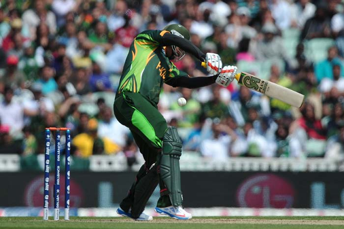Nasir Jamshed played a good knock of 50 as he added 90 runs for the 4th wicket with Misbah-ul-Haq