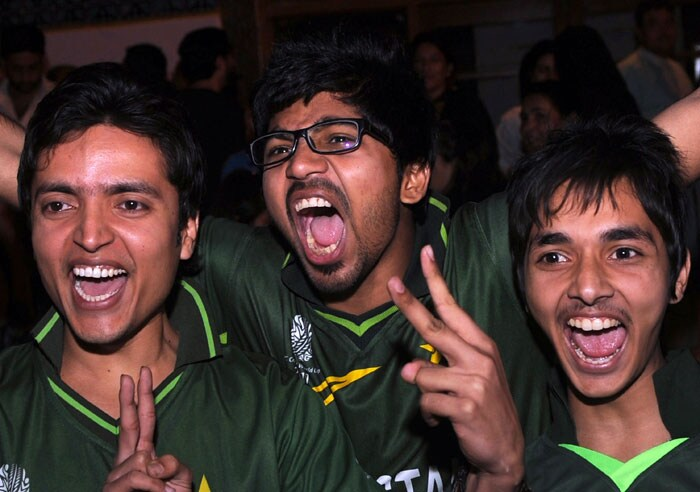Pakistan fans celebrate the team's victory in Asia Cup 2012.