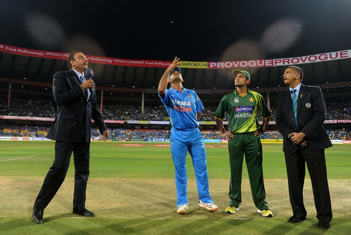 Pakistan won the toss and Mohammad Hafeez had no hesitation in asking the Indians to bat first. (BCCI Photos)