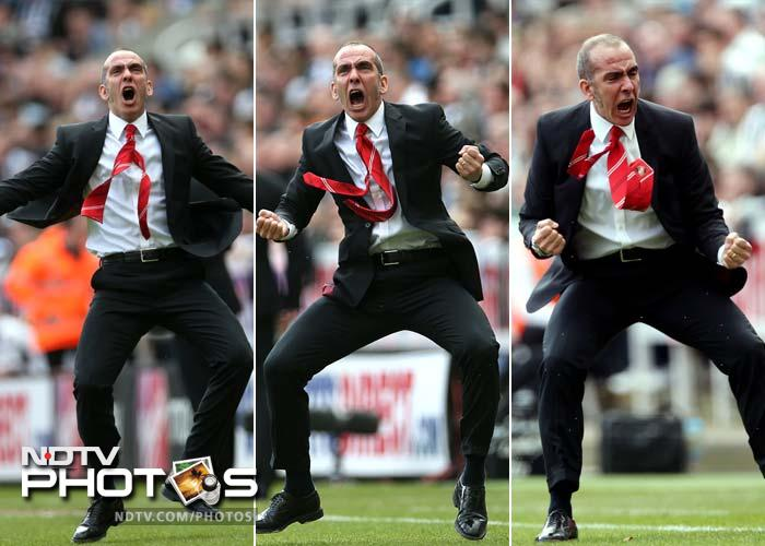 Di Canio did a combo of fist pumps, double fist pumps, jiggy dance and bumchika bounce - terms not commonly associated with football celebrations but which are the only apt way of describing this. (AFP image)