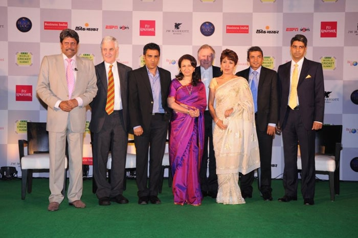 While Australia's Ian Chappell (4th from right) delivered the tribute, others in the guest list included (l-r) Kapil Dev, Mike Brearely, Sanjay Manjrekar, Sharmila Tagore, Nupur Sinh Parmar, Ajay Jadeja and Jaideep Sinh Parmar.