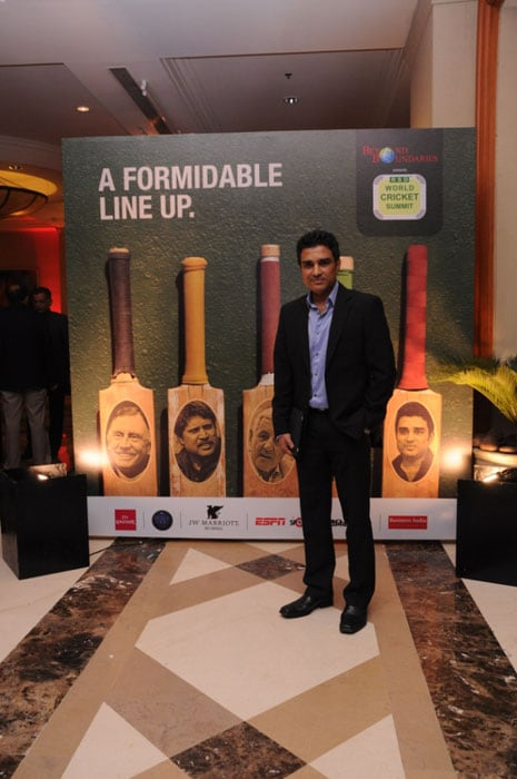 Manjrekar is seen here at the sidelines of the event. The former India batsman along with Kapil also focused on the upcoming series between India and Australia.