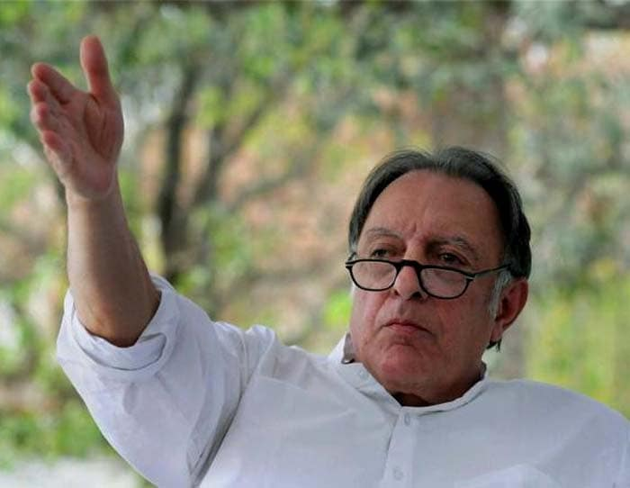 Mansur Ali Khan, also known as the Nawab of Pataudi, died due to respiratory ailments today. The former cricketer, who led India to many wins, was 70.<br><br>On Twitter, celebrities and his fans remember Tiger Pataudi, as he was fondly called, with love and pride.