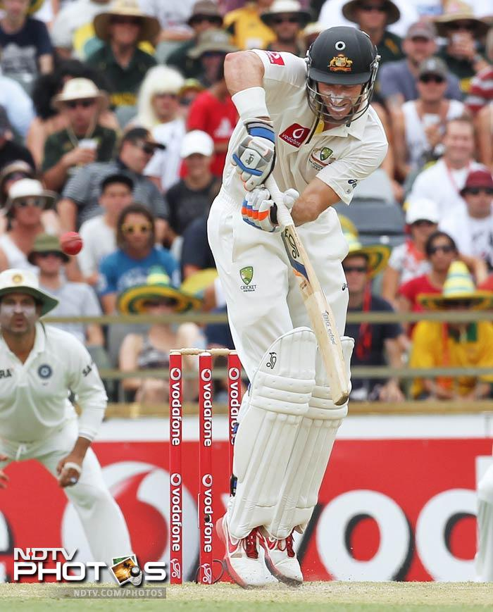 Michael Clarke (18) and Michael Hussey (11) failed to last for long without Warner at the opposite end.