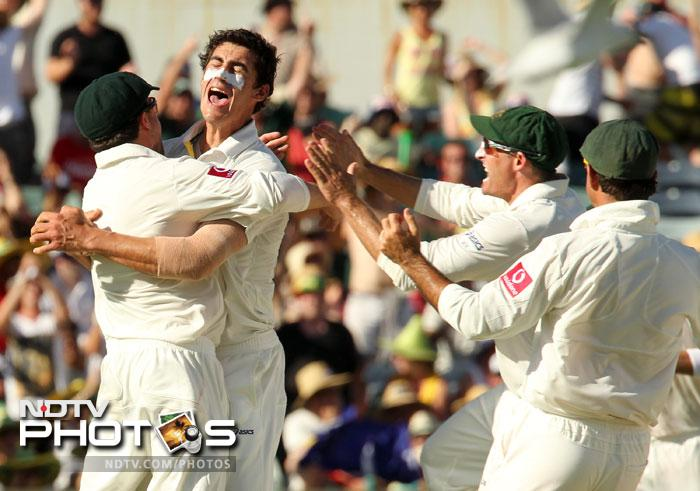 Starc claimed two and paved the way for his fellow bowlers. 2 more wickets fell in the day as India finished on 88/4 in the second innings, trailing Australia by 120.