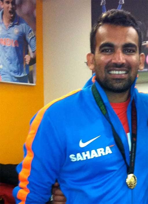 <b>Zaheer tweets:</b> I feel so proud helping India win the world cup !!! Me with my medal !!!