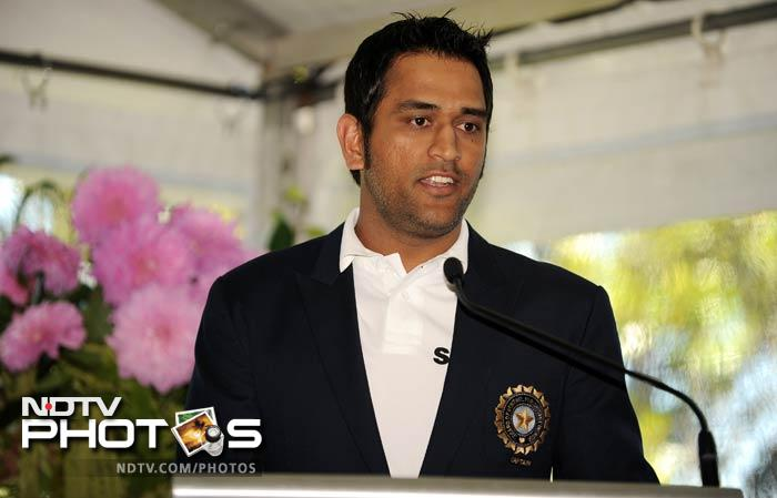 India captain Mahendra Singh Dhoni expressed disappointment over the team's support staff not being invited by Australian Prime Minister Julia Gillard to her residence. (AFP Photo)