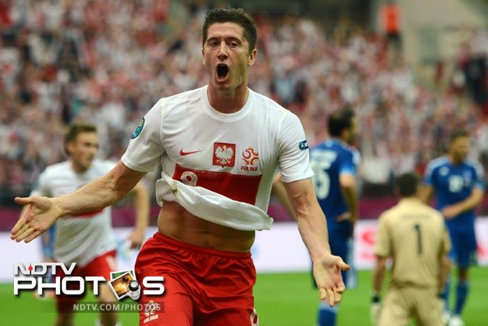 Tournament co-hosts Poland looked to have launched their campaign with a flourish when Borussia Dortmund star Robert Lewandowski put them ahead with his 17th-minute header.