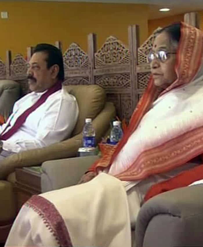 The President of Sri Lanka, Mahinda Rajapaksa and the President of India Pratibha Patil intently watch the match unfold.