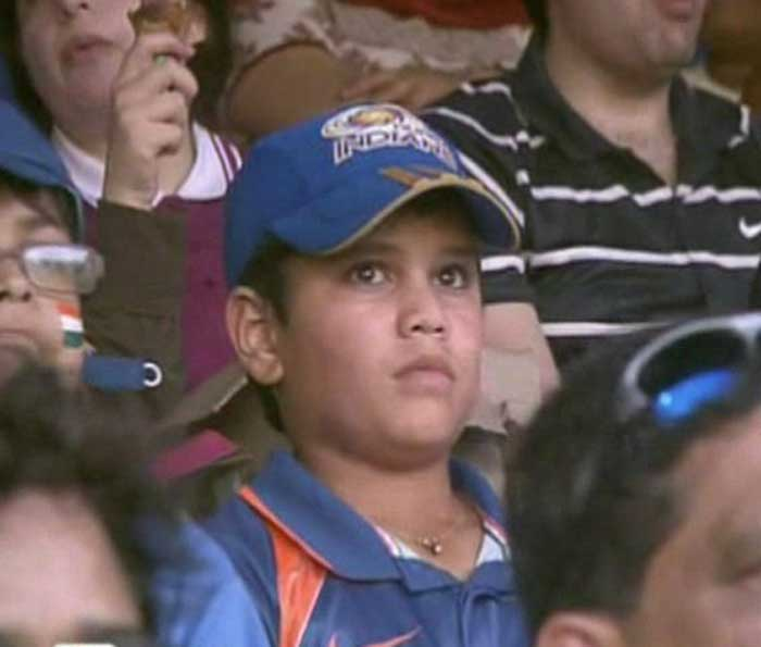 Sachin's son Arjun watches his daddy play!