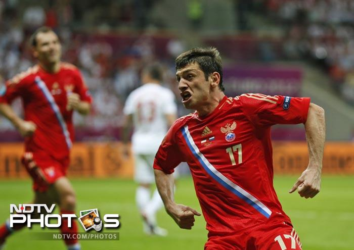 Russia's efforts bore fruit in the 37th minute when rising star Alan Dzagoev, who notched up a double against the Czechs, latched onto an inswinging Arshavin free kick to open the scoring.