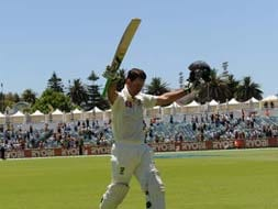 Photo : Ricky Ponting's last day in office...