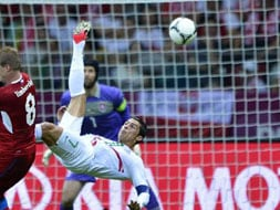 Euro 2012: Portugal defeats Czech Republic, into semis