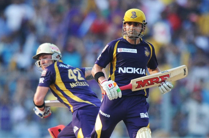 Openers Gautam Gambhir and Brendon McCullum put on a 113-run stand in 12.3 overs for Kolkata. (AFP PHOTO)