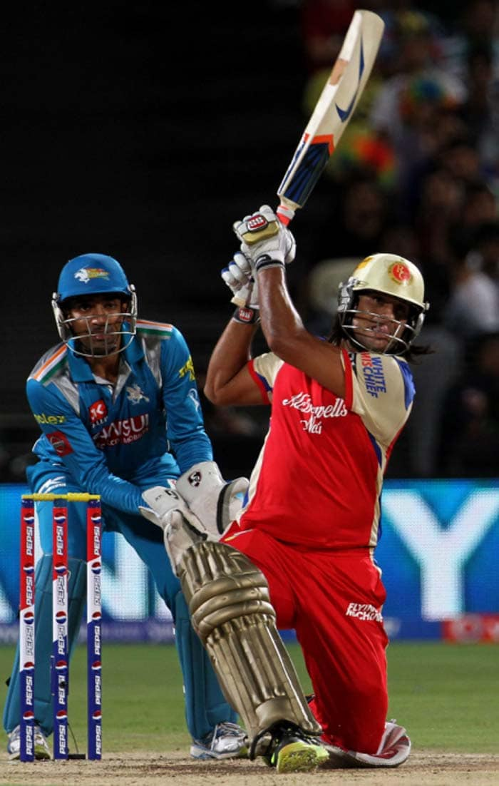 Tiwary then completed his first half-century in RCB colours but was dismissed soon after, trying to be too cheeky off Dinda, only handing the simplest of chances to Sharma at short fine. Dinda was on a hat-trick then. (BCCI Image)