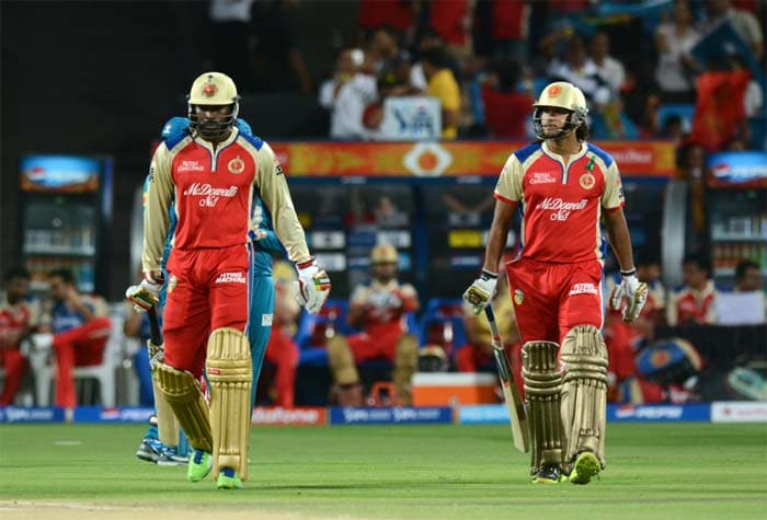 Chris Gayle and RCB's new opener Saurabh Tiwary started off cautiously after the visiting side won the toss and chose to bat. Virat Kohli, at the toss, said that he expected the pitch to become slow as the game progresses. (BCCI Image)