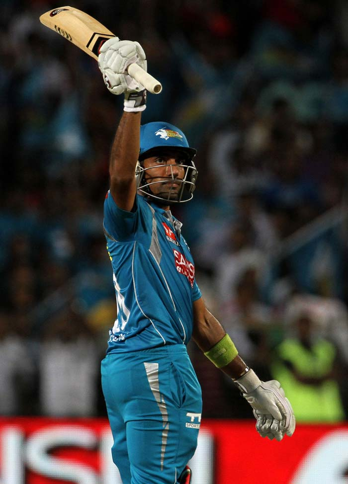 Even Robin Uthappa's 75 from 45 balls, his first fifty of the season, was not enough to propel the home side, who are all but out of contention for a place in the play-offs. On the other hand, Bangalore consolidate their second position on the table with 14 points from 11 games. (BCCI Image)