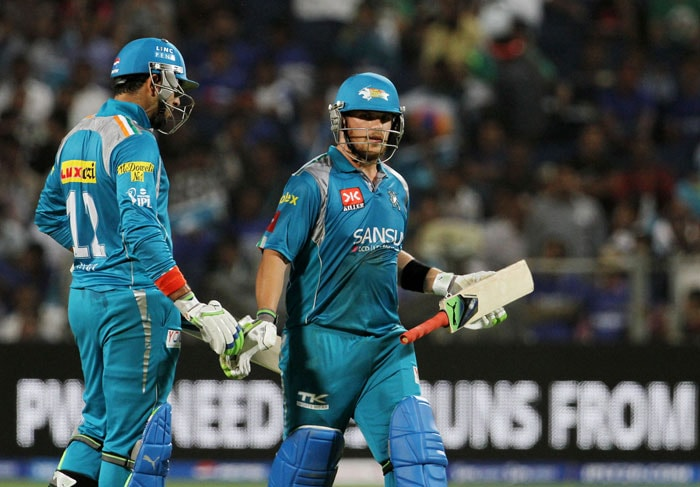 Aaron Finch's first IPL fifty and Robin Uthappa's blitzkrieg at the top, took Pune Warriors India to a comfortable 7-wicket victory over hot and happening Rajasthan Royals at the Subrata Roy Sahara Stadium, Pune. Seen here, Finch being congratulated by Yuvraj. (BCCI Image)