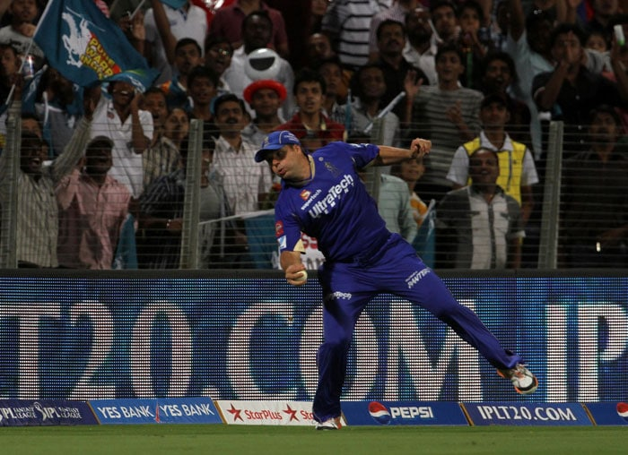 On the other hand, Taylor too tried to open up. He hit young Harmeet Singh for a massive six via a typical slog sweep but held out in the deep in the same over. Brad Hodge completed another spectacular catch of the day. Taylor scored 17 runs off 20 balls. (BCCI Image)