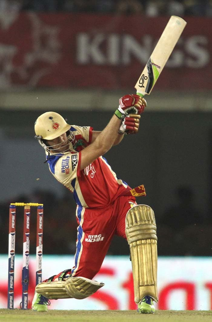 De Villiers scored 38 off 19 balls while Henriques got 16 off 7 with late power-hitting to ensure a huge total for RCB. (BCCI Image)