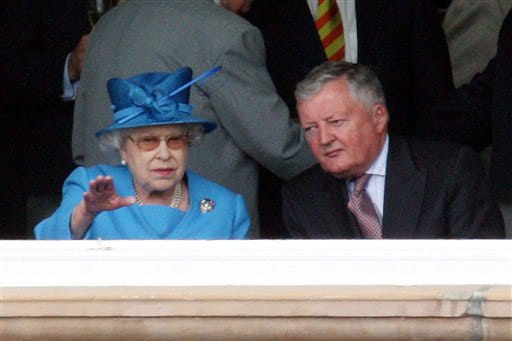 ICC Chairman David Morgan speaks to Britain's Queen Elizabeth II during the second Ashes Test match against Australia at Lord's in London. (AP Photo)