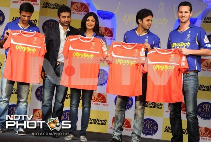 Bollywood actor and entrepreneur Shilpa Shetty unveiled new jersey for her IPL team, Rajasthan Royals. The jerseys were worn by this season's captain Rahul Dravid and teammates S Sreesanth and Shaun Tait at the function.