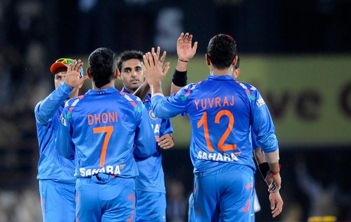 Bhuvneshwar Kumar struck first for India, removing Nic Maddinson.