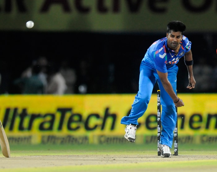 Vinay Kumar turned out to be the most efficient bowler for India, taking 3 for 25 in his 4 overs. He took the important wickets of Aaron Finch, Shane Watson and skipper George Bailey.
