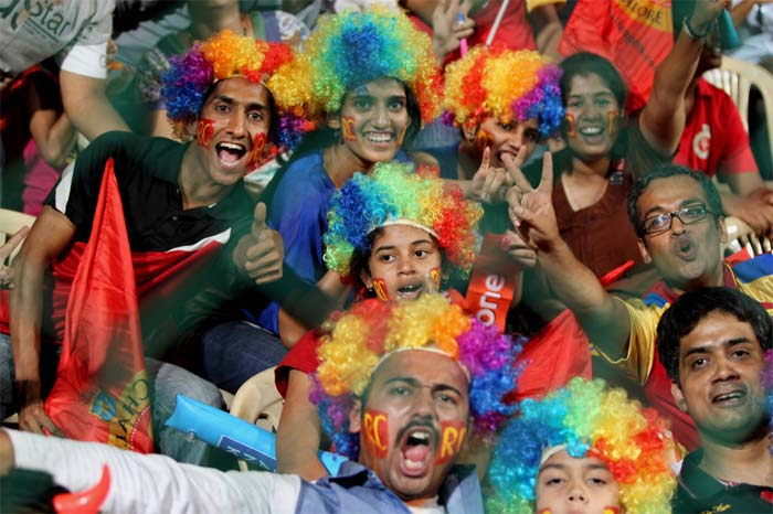 When it comes to cheering their team, fans of Royal Challengers Bangalore stand second to none. The M. Chinnaswamy Stadium then is not considered a bastion for the side for no reason at all. (BCCI image)