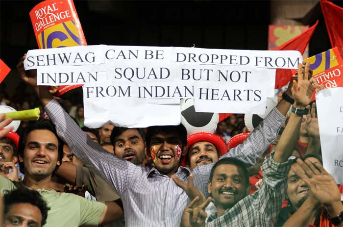 And never doubt the sporting character of the team backing the on-field team.<br><br>A fans with a message for Sehwag when Delhi Daredevils came calling for an IPL match.