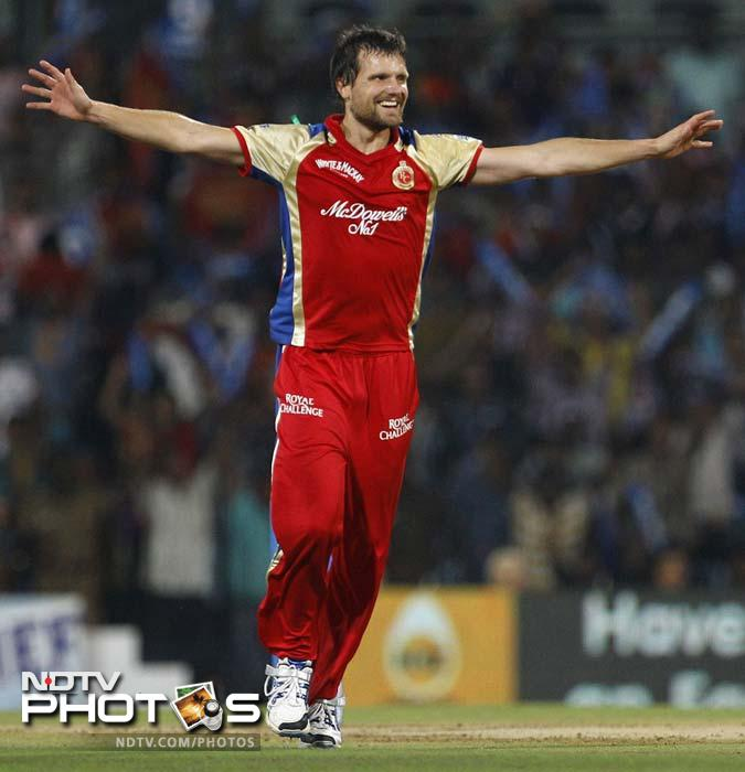 After missing the last season with injury, Dirk Nannes is fit and raring to go. A very effective bowler, the Australian, who earlier played for the Netherlands, kept compatriot and legend Glenn McGrath out of the Delhi side during his time with the Daredevils in the earlier seasons.