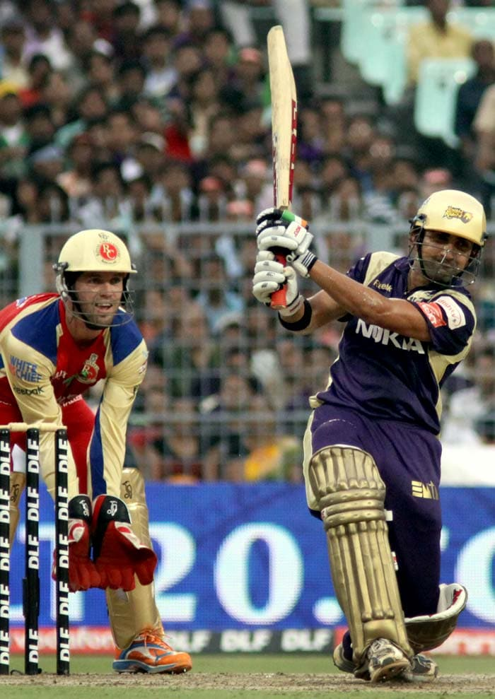 Kallis soon followed which paved the entry of skipper Gautam Gambhir to the crease. He steadied the innings and hit a confident 48 to set the foundation.
